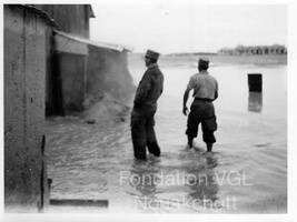 Photo de militaires 009 inondations